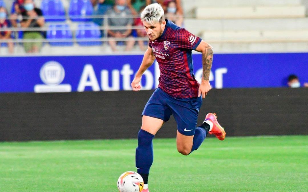 Ratiu durante un partido con la SD Huesca / SD Huesca