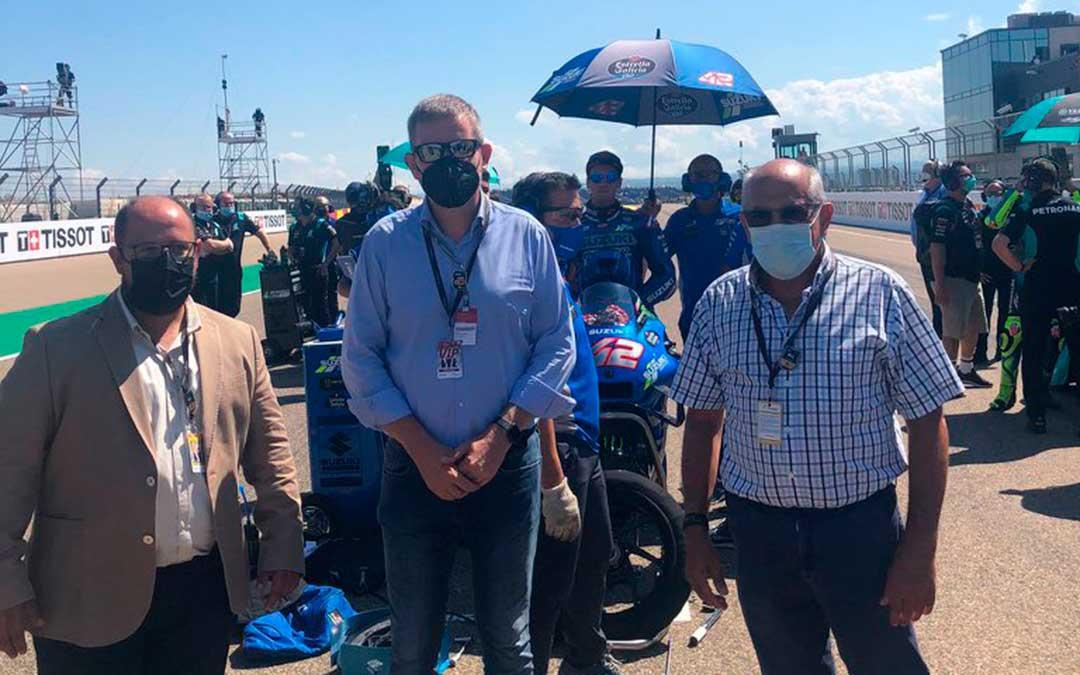 Alberto Izquierdo, vicepresidente de la DPT e Ignacio Urquizu han asistido esta mañana a las carreras. / Diputación de Teruel