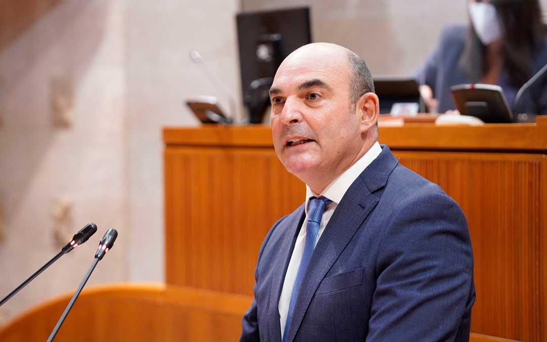 El diputado del PP, Juan Carlos Gracia Suso, durante su intervención en las Cortes de Aragón. / PP