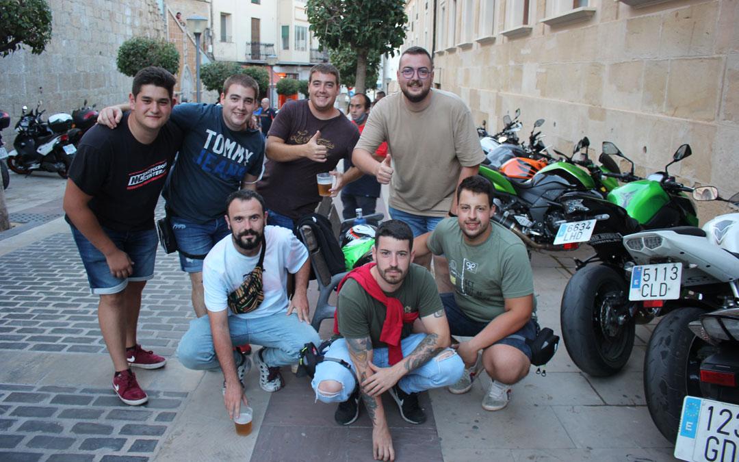 Grupo de amigos de Caminreal / L.C.