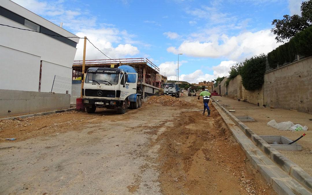 El Camino Hondo es una de las calles más transitadas de Alcorisa por dar acceso a los centros educativos. / Ayto. Alcorisa