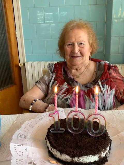 La portillense recibió con enorme ilusión los dos homenajes por su 100 cumpleaños.