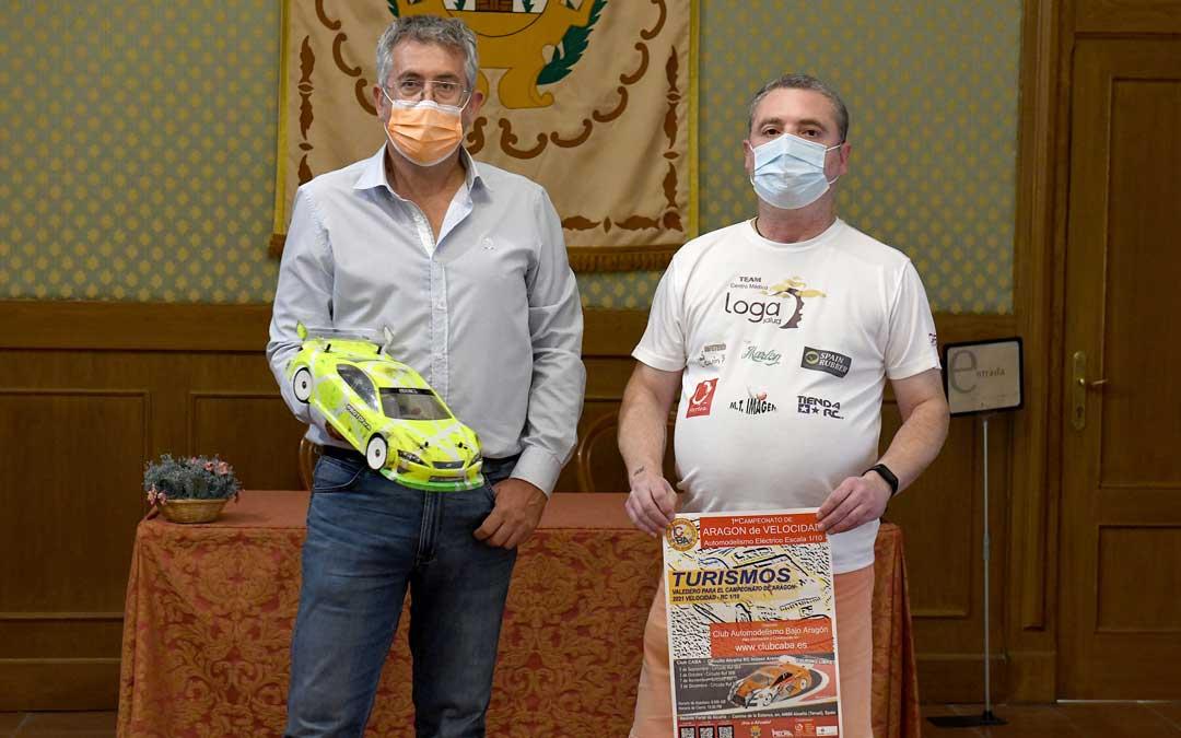 El concejal de deportes, Kiko Lahoz, junto al presidente del CABA, José Manuel Salafranca. Foto. J.P.