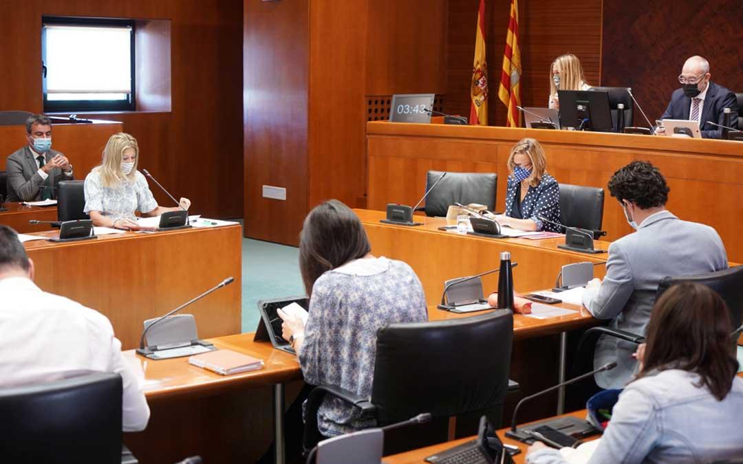 Comisión Institucional y de Desarrollo Estatutario este lunes en las Cortes de Aragón / Cortes