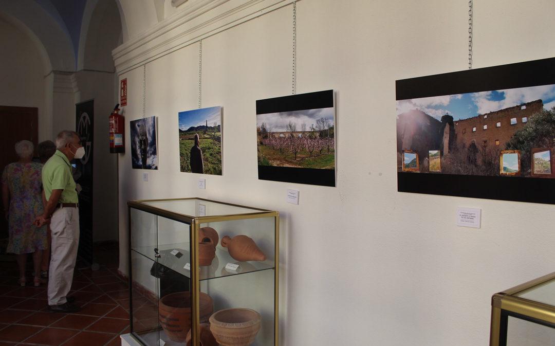 Calanda entrega los premios del II Concurso Fotográfico sobre Melocotón Embolsado y Paisajes