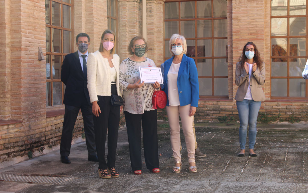 Entrega de diplomas con Mireia Belmonte en la Feria de San Miguel. / B. Severino