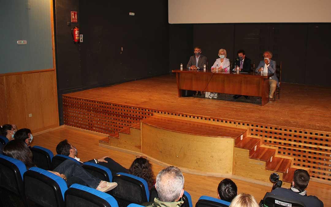 Presentación del himno de Calanda en la Casa de Cultura / L. Castel