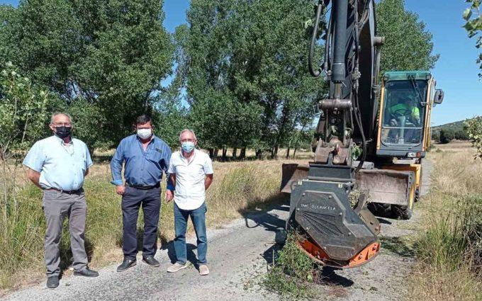 Ochenta municipios han mejorado este año sus caminos rurales gracias a la DPT