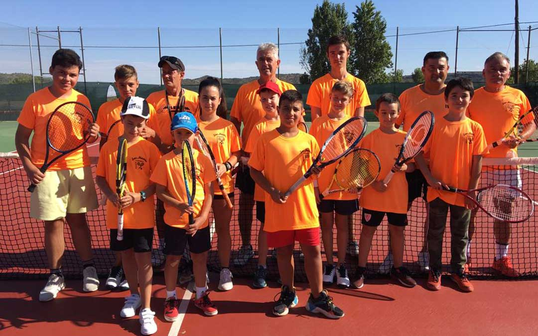 Participantes en el campus de tenis de Andorra. Foto: M.G.
