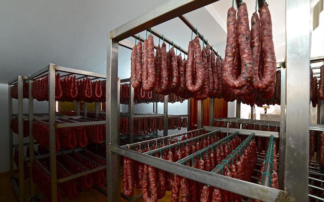 Proceso de elaboración Cárnicas Ortín./ Comarca Andorra - Sierra de Arcos