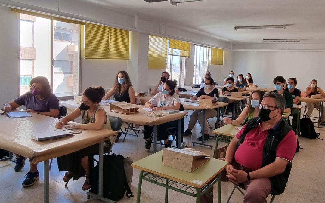 Curso de Arqueología Experimental en Caspe. / CEBAC