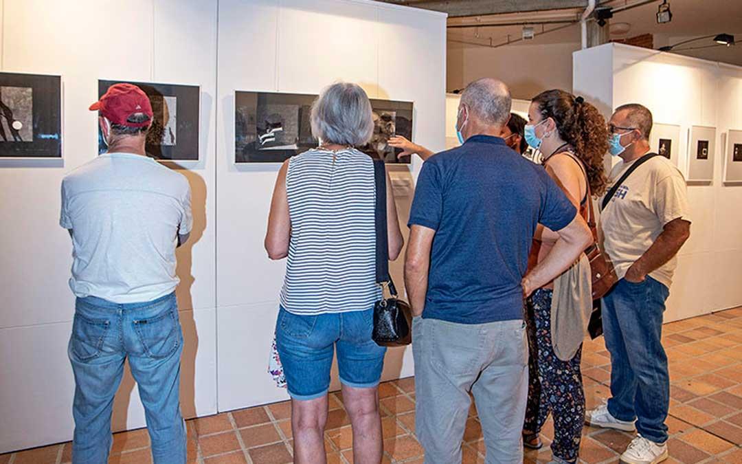 La exposición del XV Certamen Internacional de Fotografía VIlla de Andorra estará abierta al público en la Casa de Cultura todo el mes de septiembre / CELAN
