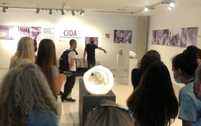 Teruel acoge la exposición de 18 artistas del alabastro que han sido residentes en el CIDA de Albalate
