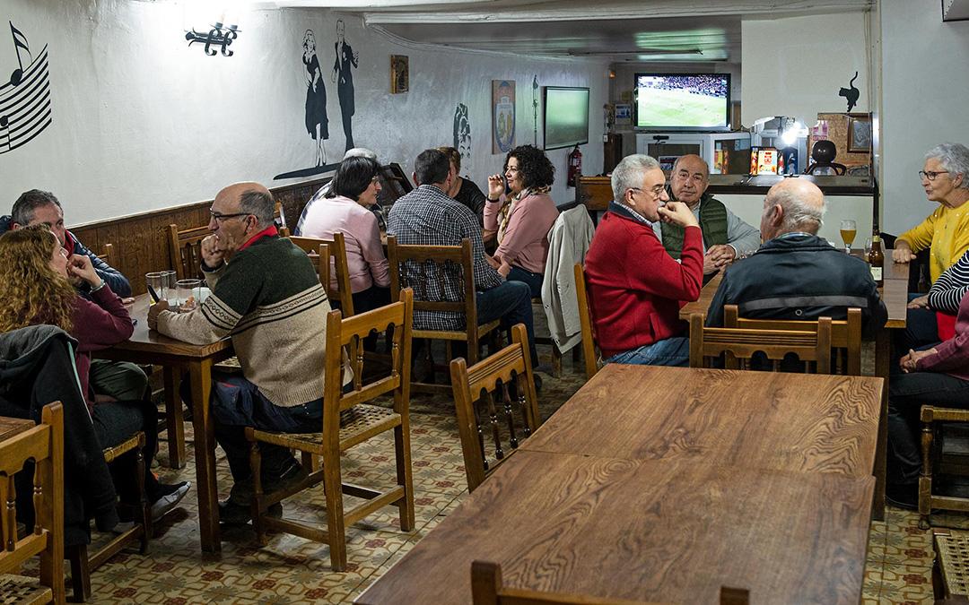 Bar Gato Negro./ Comarca Andorra - Sierra de Arcos