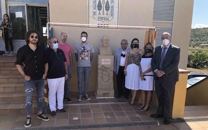 Alloza rinde homenaje póstumo a Joaquín Carbonell y plantea abrir un museo en su casa natal