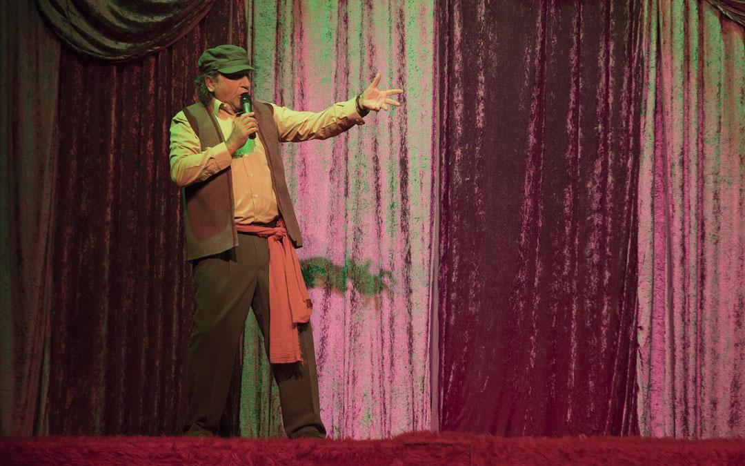 Javier Segarra en 'La Hora de Mario', de Teatro Che y Moche.