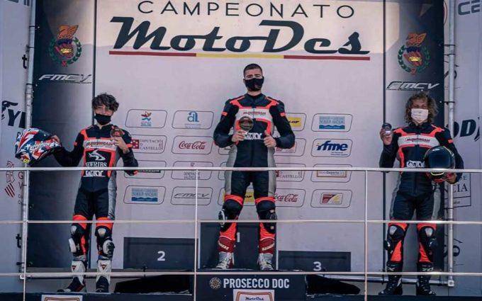 Marcos Lahoz logra la victoria en Supersport 300 en la cita del Campeonato Interautonómico de Velocidad en Cheste