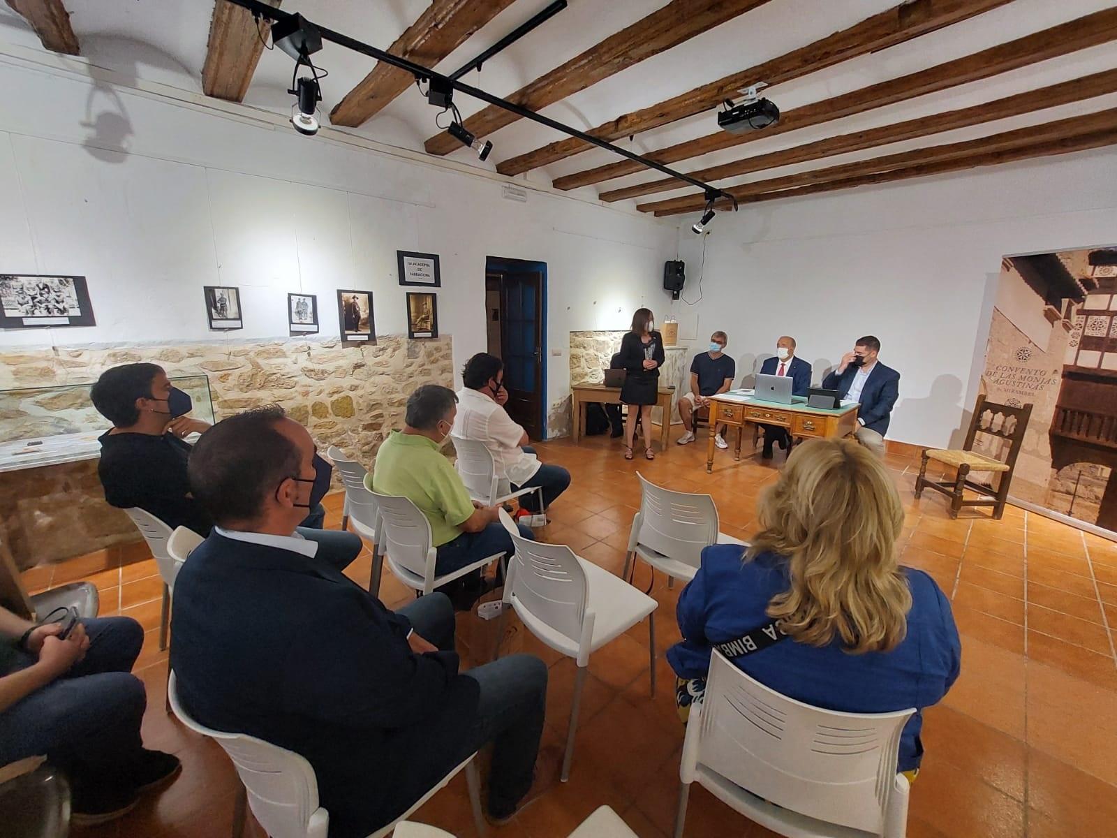 El antiguo Convento de las Monjas Agustinas, actual centro de interpretación y oficina de turismo, ha acogido la asamblea. J.L.