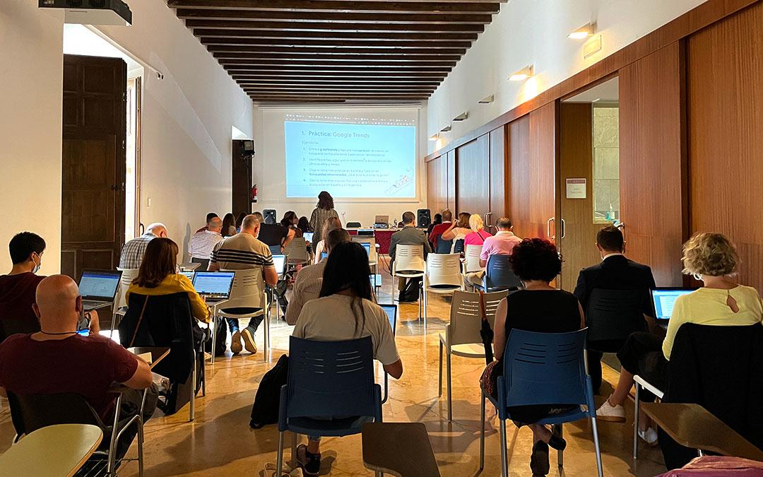 Parte práctica del taller de datos impartido por Paula Montañá./ M. Celiméndiz