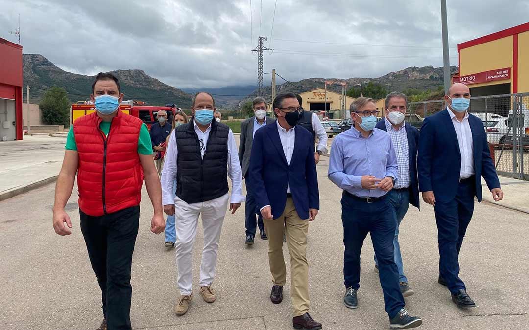 Visita realizada por los representantes del Partido Popular a las localidades de Montalbán y Muniesa./PP
