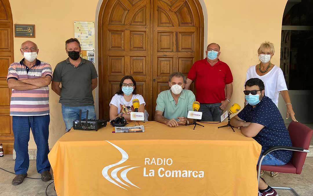 Invitados programa especial Radio La Comarca desde Utrillas./ L.C.