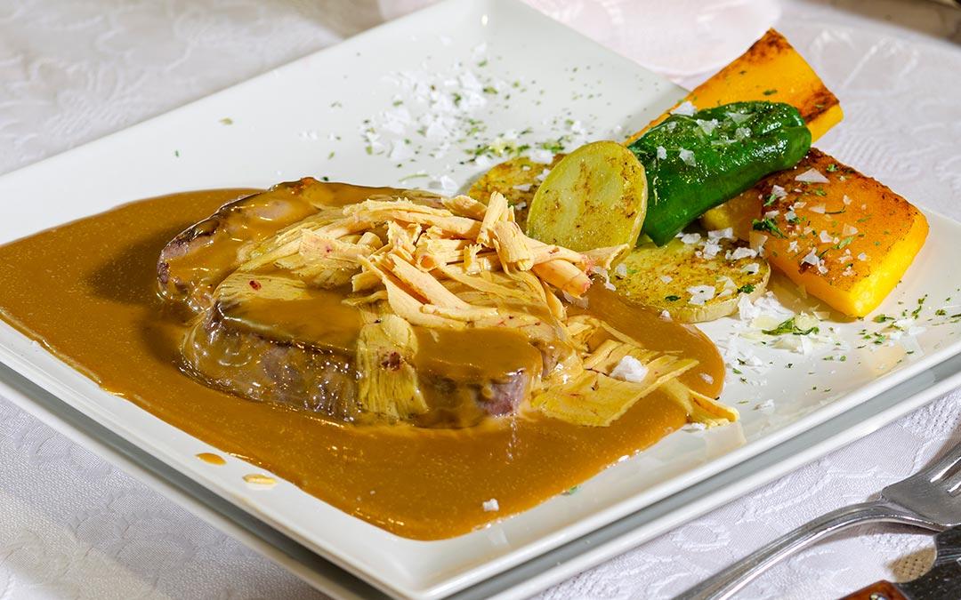 Solomillo en salsa de foie de La Ánfora./ Comarca Andorra - Sierra de Arcos