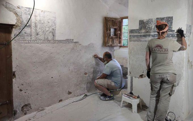 Comienza la segunda fase de restauración de las grisallas del Convento de las Monjas Agustinas de Mirambel