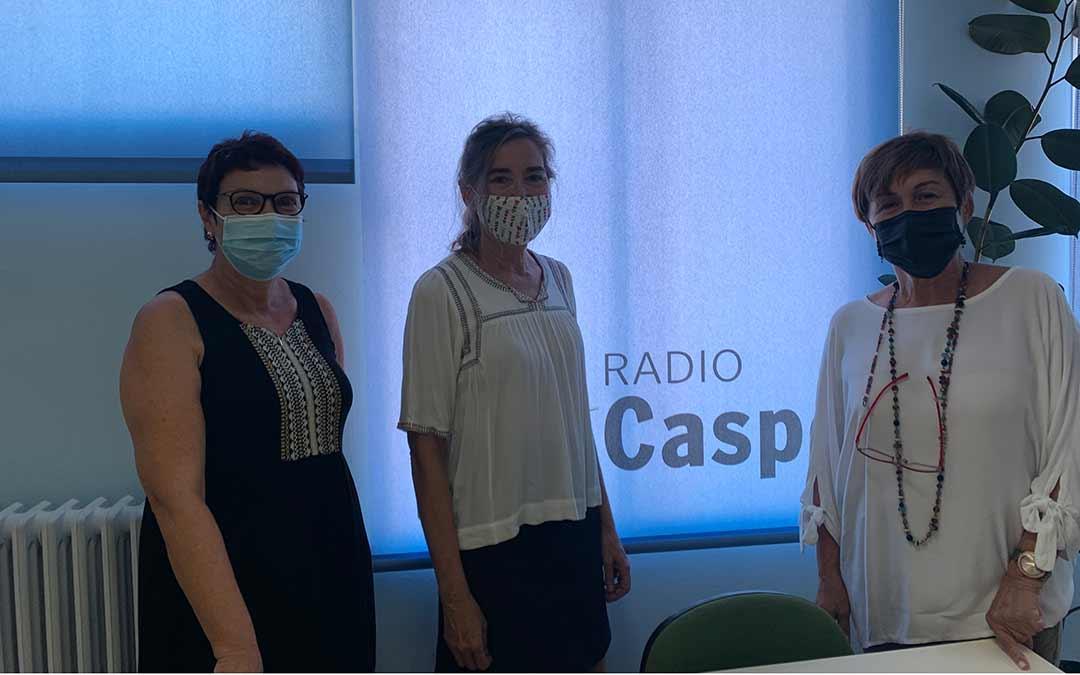 Miembros de AFEDACC en Radio Caspe / Eduard Peralta