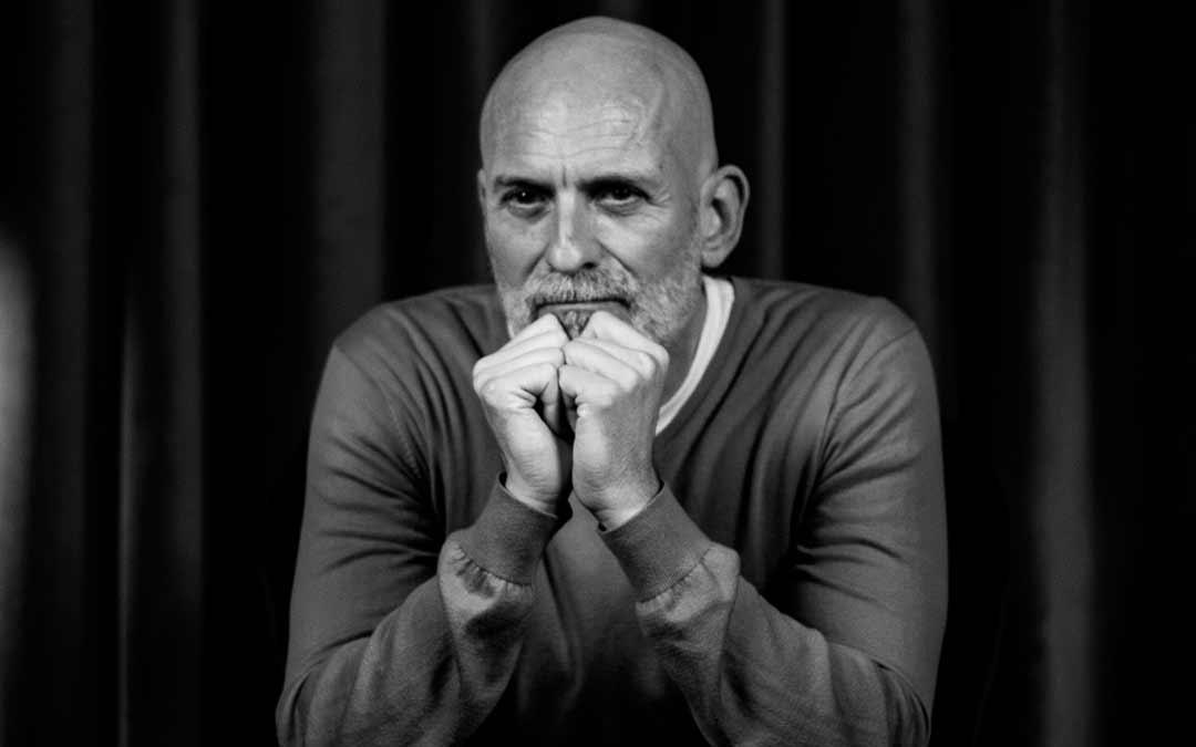 El escritor Alejandro Palomas visitará Caspe y Maella esta semana / DPZ
