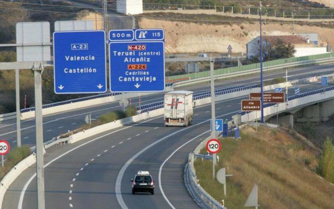 Ciudadanos y CHA rechazan el pago de peajes en las autovías dependientes del Estado