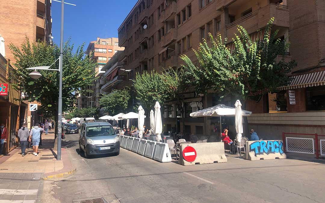 Aspecto de la avenida Aragón en el último año y cuatro meses / L. Castel