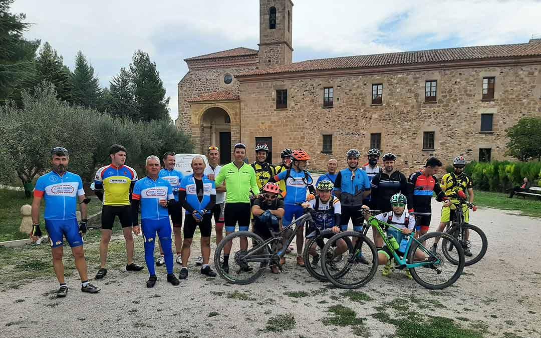 Los ciclistas participantes han podido disfrutar de una jornada de convivencia./Javier Murillo.