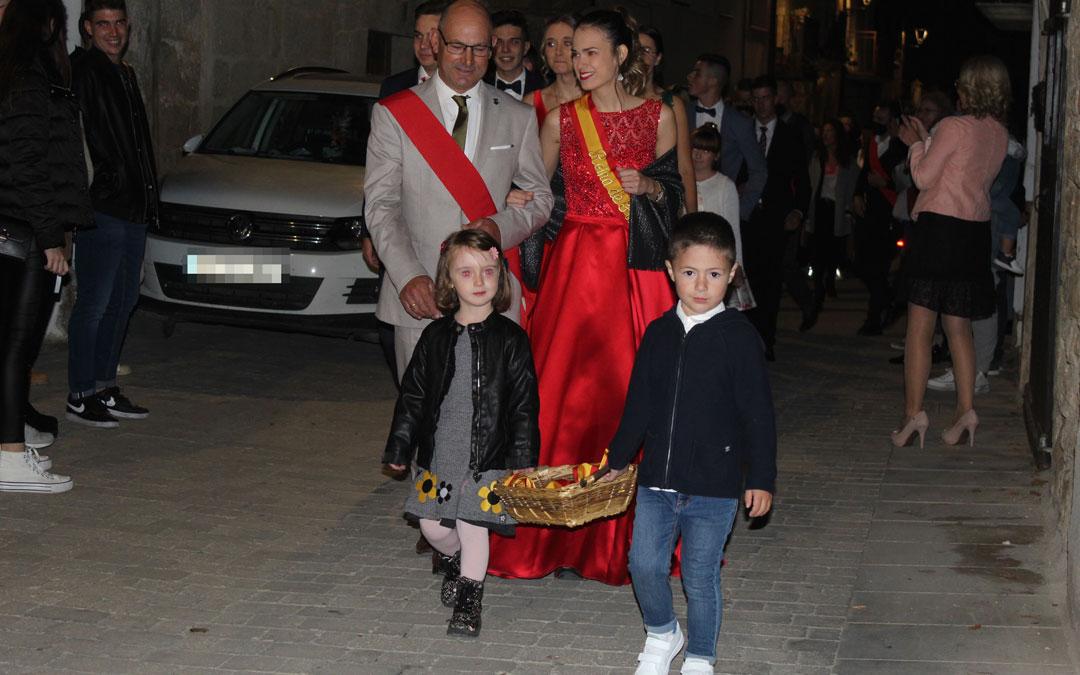 Cretas presenta a sus Reinas y Damas 2020 y 2021 en Santa Pelagia. / B. Severino
