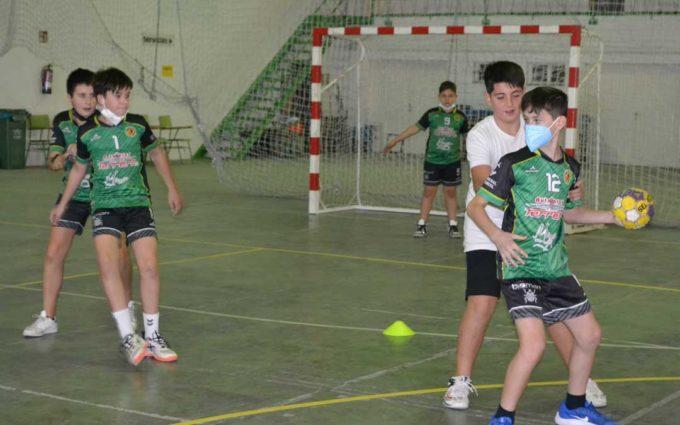 El recinto ferial de Alcañiz se reconvierte y acoge ya a once clubes deportivos