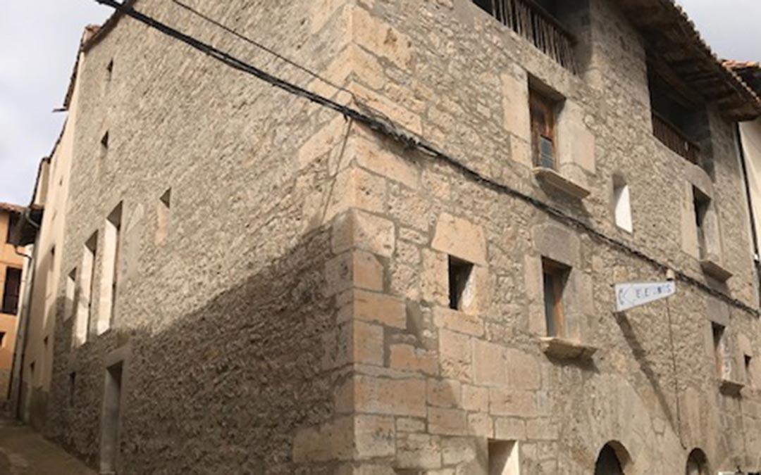 Edificio en rehabilitación./La Comarca