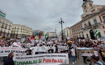 La España Vaciada alza el grito en Madrid ante el 'boom' de las renovables y pide una transición energética justa