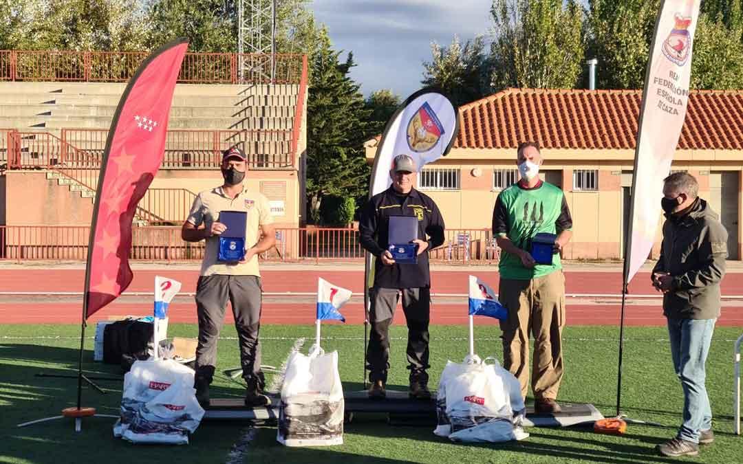 Paco Marín en el primer cajón del podio en Valdemorillo. Foto. RFEC