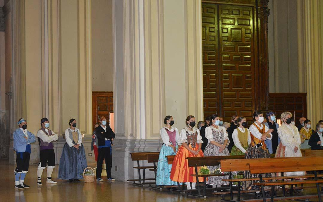 Público asistente en la misa organizada en Alcañiz./I.M.