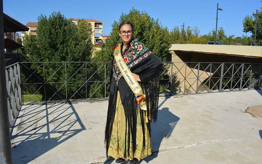 Las reinas de 2019 acuden por su cuenta a la ofrenda de la Virgen del Pilar en Alcañiz./I.M.
