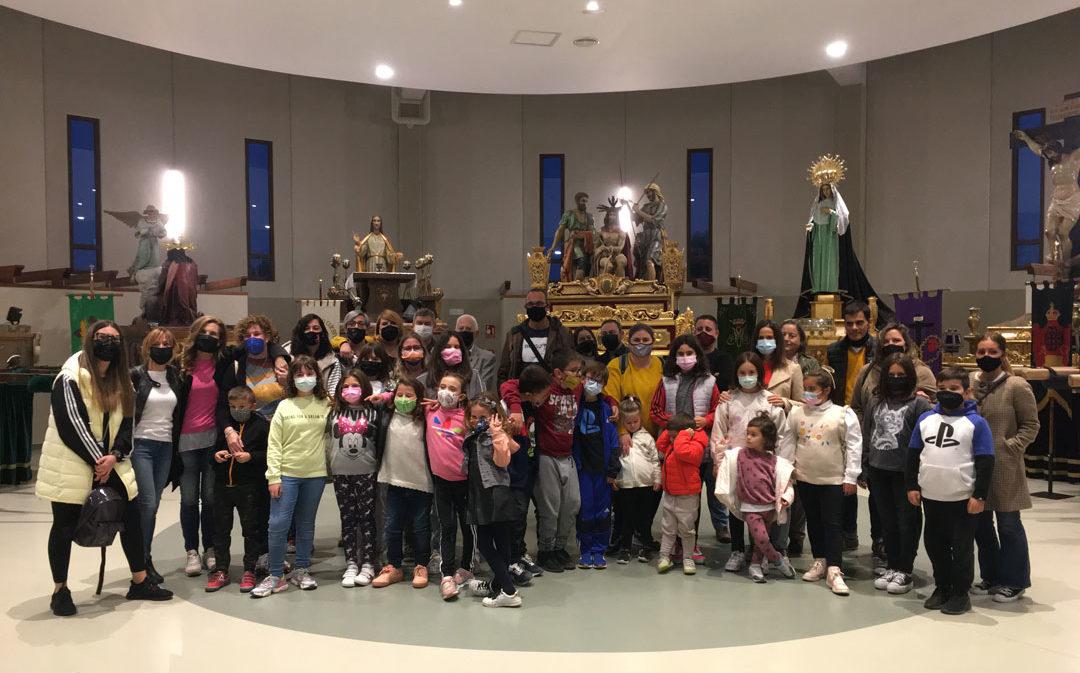 Los niños de la Escuela del Tambor Samper conocen el Museo de la Ruta y el de la Semana Santa de Híjar