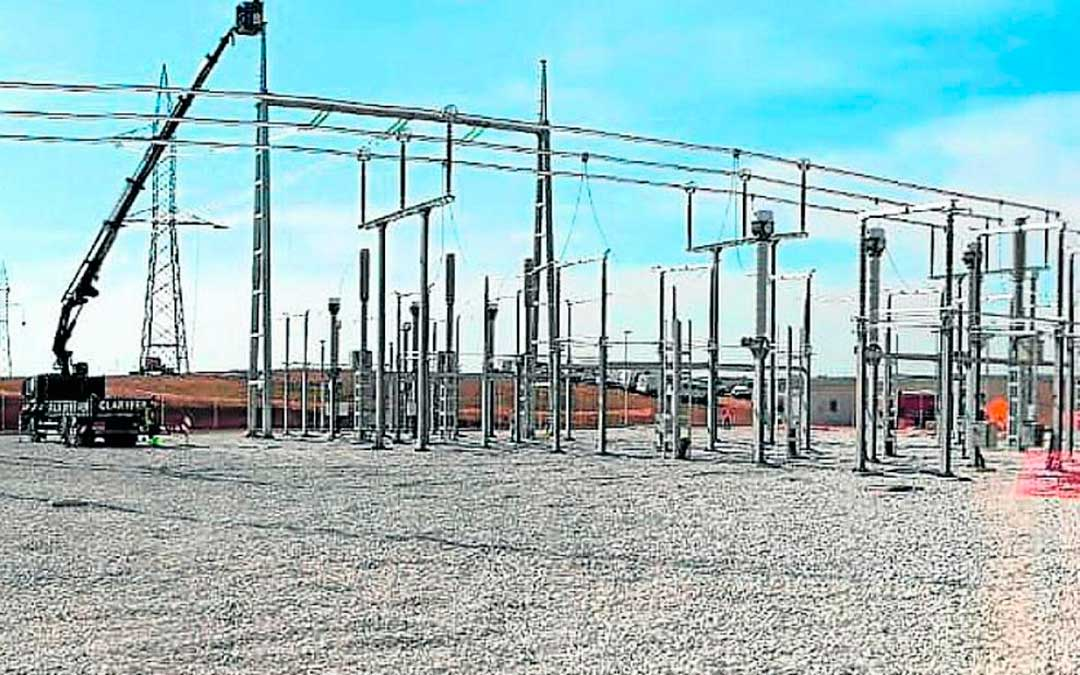 Subestación de Villar de los Navarros, en la que evacuarán los dos primeros parques solares de Enel, que suman 77 megavatios./ Endesa