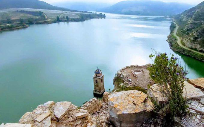 Fayón lanza un nuevo paquete turístico para el puente del Pilar